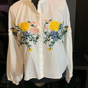 Tops - ZARA Embroidered Button Down Top - Large